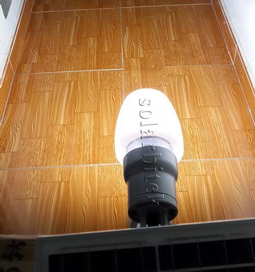 Đèn treo tường năng lượng mặt trời 60W BI-WL2060
