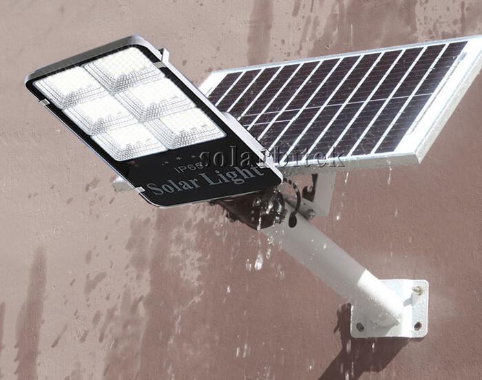 đèn đường năng lượng mặt trời bàn chải 300w