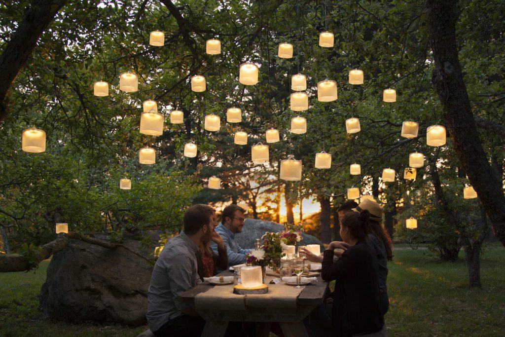 15 ý tưởng đèn năng lượng mặt trời cầu thang