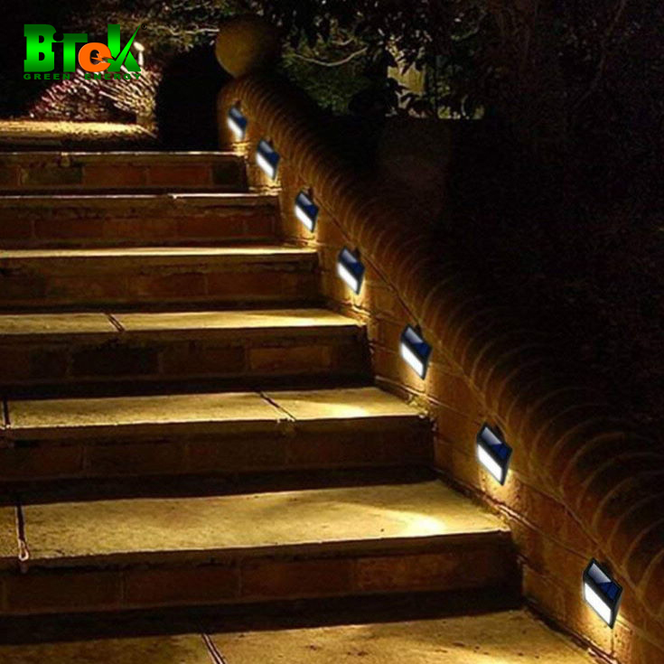 Đèn trang trí găn bìa cầu thang