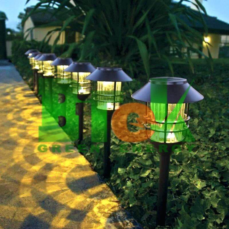 ứng dụng đèn năng lượng mặt trời sân vườn