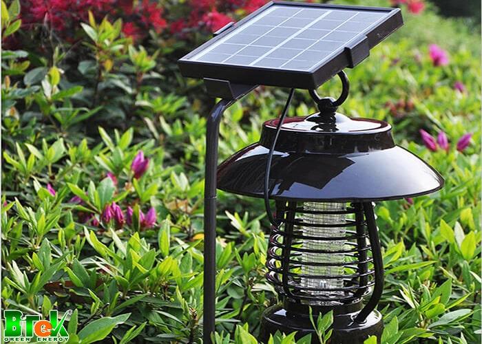 Đèn sân vườn năng lượng mặt trời hoạt động như thế nào?