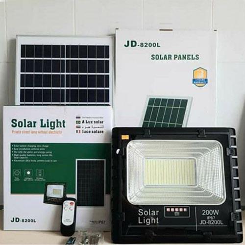 Nguyên bộ đèn pha năng lượng mặt trời 200w jd-8200l